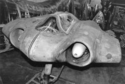 The Horten H.IX, RLM designation Ho 229 was a German prototype fighter/bomber designed by Reimar and Walter Horten and built by Gothaer Waggonfabrik late in World War II. It was the first pure flying wing powered by jet engines.: Wwii, German, Aircraft, W