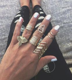 These rings!: Midi Rings, Triangle Ring, Style, Knuckle Rings, Jewelry, Stacking Rings, Gold