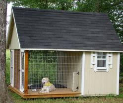 What a great dog house. Can go inside if they want, or out on the porch if they want and still contained without having to be on a chain. Plus no mud when it rains.: Idea, Dogs, Awesome Dog, Pet, Dog Houses, Animal