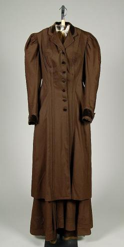 Women's Suit, Date: 1890–95 Culture: American Medium: wool, silk  Costume Collection at The Metropolitan Museum of Art,  Accession Number: 2009.300.2400a, b: 1890S Vbt, 1890 1900, 1890S Fashion, 1895 1890S, Costume, 1890 S Suits, 1890S Ens, Suit 1890
