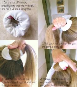 15 Tutorials for Curls without Heat - Pretty Designs: Curly Hairstyles, Hair Styles, No Heat Waves, Sock Bun Curls, Sit Overnight, Heat Curls, Sock Buns
