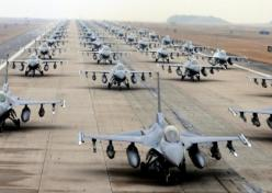 60 F-16 on same runway, awesome picture, now let's send them all at once and finish the job so we can have our soilders come home.: F16S, Air Force, Airplane, 60 F 16, Aircraft, Fighter Jets, Force Fighter