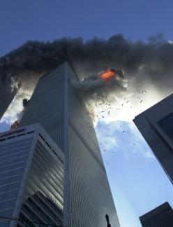 9-11-2001: Police Officer, Remembering 9 11, World Trade Center, Twin Towers, 09 11 2001, 9 11 01, Photo, 911, September 11Th