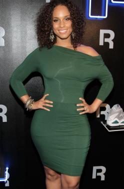 A. Keys: Curvy, Fashion, Sexy, Alicia Keyes, Alicia Keys, Beautiful Women, Dress, Curves, Black Women