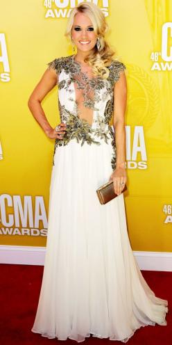A little less v, and white lace instead of black, and I'd say I do...  Carrie Underwood - Look of the Day - InStyle: Cma Awards, Fashion, Carrie Underwood Dress, Makeup, Dresses, Hair
