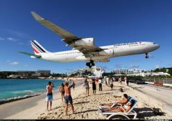 Air France - Maho Beach, St. Maarten - lie on the beach and watch planes land! Love it! Via @JohnnyJet: Air France, Beaches, Airplanes Jets, Maho Beach, Places, Caribbean, France Airplanes