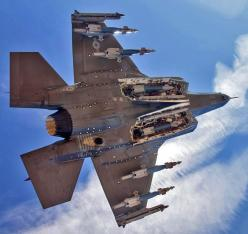 Amazing photo of one of the world's most lethal machines. I'm glad they're on our side.: Photos, Aviation, F 35, Aircraft, Weapons, Aviones Airplanes, Excellent Airplanes, Military Airplanes, F35