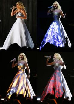 "Award-winning country singer Carrie Underwood performed her new single ""Blown Away"" at the 2013 Grammy Awards, but it was her unique light-up dress that stole the show.: Dress Carrie, Dashing Dresses, Beautiful Dresses, Carrie Underwood Style, Car"