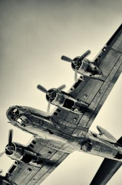 """B-17 """"Flying Fortress"""" The type aircraft my uncle was killed in April 7, 1945 near Linsburg, Germany.: Aviation, B17, Wwii, Airplane, Aircraft, Flying Fortress, B 17 Flying, Planes"""