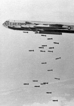 B-52 dropping bombs over the target: B52 Stratofortress, Air Force, Vietnam Air War, Air Power, B 52, Aircraft, Planes Aircraft