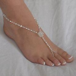 Barefoot sandals. Now that's the kind of shoes I could wear at my wedding: Beaches, Foot Jewelry, Rhinestone Flower, Barefoot Sandals, Style, Wedding Ideas, Beach Weddings, Feet Jewelry