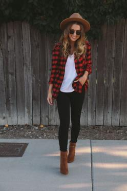 Black skinnies + beige/brown booties + white tee + red/black flannel + beige hat: Fall Flannel Outfit, Casual Fall Outfit, Plaid Outfit, Casual Outfit, Outfit Idea, Black Bootie Outfit, Fall Fashion, Winter Outfit Casual