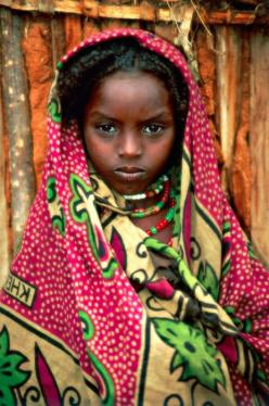"Borana Girl, Ethiopia. DESERT DREAMER cape town. south africa.  ""Those who dwell among the beauties and mysteries of the Earth are never alone or weary of life."" -Rachel Carson: Face, Posts, Beautiful Little Girls, Beautiful Children, Beauty, Beautiful Pe"