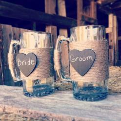 Bride and Groom Beer Mugs Rustic Wedding Toasting Beer Mugs Beer Mug Chalkboard Sign Wedding Toasting Glasses Mr Mrs Cups Chalkboard Heart: Chalkboard Heart, Bride Glass, Beer Mugs, Wedding Ideas, Country Wedding, Rustic Wedding Glass, Dream Wedding