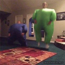 bubble suit shenanigans (gif): Giggle, Guy, Watch, Funny Stuff, Gifs, Funny Gif