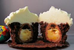 Cadbury Egg inside of a chocolate cupcake?! Oh Pinterest, you are going to be the death of me.: Eggs, Sweet, Chocolate Cupcake, Egg Cupcakes, Cadbury Creme, Dessert