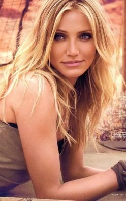 Cameron. (: She is so pretty. I take it as a compliment when people say I look like her. Even though I don't see it. Lol.: Celebrity, Camerondiaz, Beautiful Women, Beauty, Beautiful People, Cameron Diaz, Hair