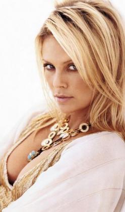 charlize theron is quite possibly the world's most beautiful woman #mirabellabeauty #charlize #theron: Charlize Theron, Blonde, Beautiful Women, Charlizetheron, Hairstyle, Hair Style, Beauty, Beautiful People, Hair Color