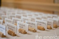 DIY wine cork  place card holders: Wine Corks, Diy Wine, Wine Cork Name Holders, Wine Cork Place Cards, Cork Name Card Holders, Wine Cork Name Cards, Cork Place Card Holders, Champagne Corks, Placecards