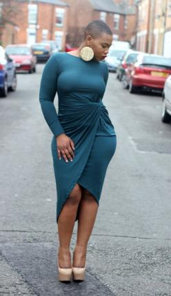 Dress: http://houseoftroika.net/products/tierney-jersey-dress Name: @housofchy Like this dress?: Curvy Girl, Fashion, Style, Dresses, Curves, Black Women