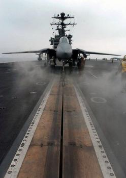 F-14 Tomcat ready to be catapulted from an aircraft carrier.: Airplanes Jets Helicopters, Aviation, Military Aircraft, Aircraft Carrier, Military Planes, Fight Airplanes, F14 Tomcat, F 14 Tomcat, Fighter Jets