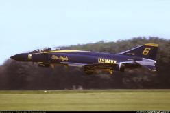 F-4 Phantom. First time I saw the Blue Angels fly this is the beauty they were using (early 70's).: Fighter Planes, Military Aircraft, Aerobatic Teams, Blue Angles, Airplanes ️, F4 Phantom, Navy Blue, F4Phantom, Blue Angels