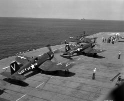 F4U Fighters on deck of aircraft carrier: Aviation, Aircraft, F4U Corsair, Photo, Philippines