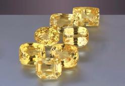 Fine unheated yellow sapphires from Sri Lanka. These range in from 2.5 to 5 carats. All super clean for Astrological Gem use.: Rocks Gems, Diamonds Precious Gems, Beautiful Gems, Cut Gems, Faceted Gemstones, Gems Beautiful, Yellow Crystals, Unheated Yello