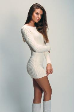 Give me a little more length to cover my bum and we're good!: Girls, Sexy, Fashion, Sweater Dresses, Beautiful Women, Posts, Sweaterdress, Photo