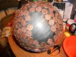 How To Make a Penny Ball: Garden Ideas, Good Ideas, Craft, Hydrangeas Blue, Pennies, Mom S Hydrangeas, Turn Hydrangeas, Penny Balls