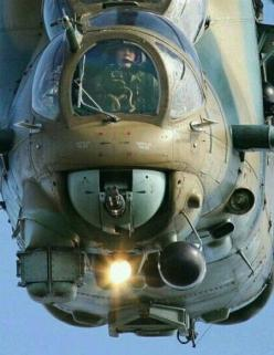 https://s-media-cache-ak0.pinimg.com/originals/97/4c/75/974c7576c42901f9bc870009ae25ccad.jpg: A Helicopters, Aviation Military, Helicopters Hubschraubers, Chopper, Aviones Airplanes, Flying Machine, Helicopters Gyros