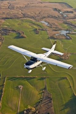 I love flying, especially in small planes. But big planes are fun for the powerful takeoff.: Flight Lesson, Bucket List, Gift, Small Planes, Airplanes 3, Flying Lessons, Island