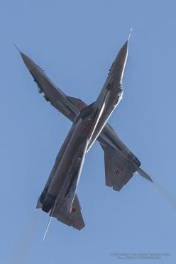 Inverted: Airshow Flying, Crazy Ideals, Aircraft, Posts, Planes Jets Helicopters Ships, Jets Airplanes, Mig 29 Fulcrums