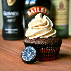 Irish Car Bomb Cupcakes: These were a huge hit during last round of birthdays. Add way more whiskey than called for into the ganache. The frosting is incredible.: Carbomb Cupcakes, Recipe, Sweet, Food, Cars, Brooke Cook, Irish Carbomb, Dessert