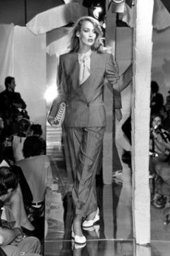 Jerry Hall modeled a striped suit in the #Armani spring 1980 runway show.: 1980S Fashion Women, 1980 Armani, Giorgio Armani, 1980S Armani Designers, 1980S Spring, Suit 1980S, 1980S Runway