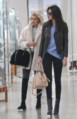 Kendall Jenner spotted with #MJincognito in Cashew: Jenner Style, Fashion, Jenners, Kardashian Jenner, Kendall Jenner, Street Styles, Gigi Hadid, Kendalljenner