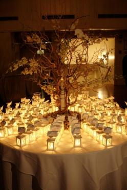 Lantern lit place cards create a romantic look. Photo: Mindi and Rich of Verdi Photography: Escort Cards, Wedding Ideas, Place Cards, Card Table, Weddings, Weddingideas, Placecards