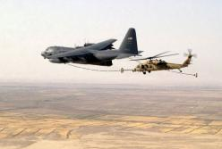 Lockheed C-130 Hercules: Helicopter, Aviation, Military Aircraft, Blackhawk Air To Air, Blackhawk Refueling, Hawk Aircraft, C130 Hercules, Airplanes Now