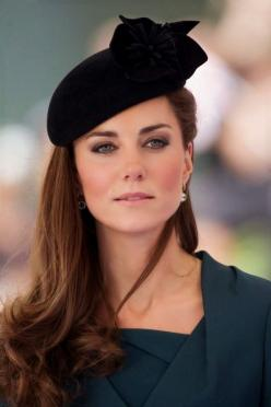 Look like a royal. The Duchess of Cambridge models the perfectly lined eye http://tmkbeauty.com/collections/eyeliner/products/vegan-eyeliner  #katemiddleton #makeup #celebritymakeup #naturalmakeup: Duchess Of Cambridge, Royals, Katemiddleton, Royal Family