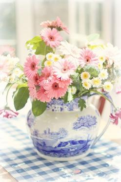 Love the blue and white pitcher with a brighter color flowers in reds, orange, boxwood and greens, etc: Flower Arrangements, Things, Floral Arrangements, Flowers, Garden, Blue And White