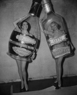 Miss Portugal Port & Miss Holland Gin compete neck to neck...: Vintage Halloween, Girl, Halloween Costumes, Vintage Photos, Costume Ideas, Gin, Fun, Bottle