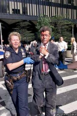 Moira Smith, the NYPD officer who rescued people from the WTC, went back to get more and was killed when the south tower collapsed. She was the only female police officer to die on 9/11.: The South, Police Officer, September 11, 9 11 2001, Moira Smith, Wo