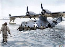 PBY Catalina in Alaska: Aleutian Islands, Frozen Waters, Flying Boats, Bay, Pby 5A Catalina, Aircraft, Navy Personnel, Personnel Freeing, Us Navy