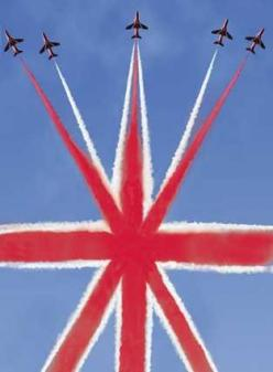 Red Arrows♥♥LOVE THIS♥♥.#jorgenca: British Red, Red Arrows, England, Be British, Aircraft, Things British, Union Jack