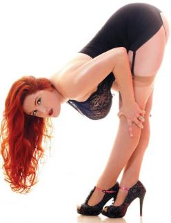 redhead-beauties: Redhead http://redhead-beauties.blogspot.com/: Leg, Girls, Sexy, Red Heads, Hot, Pinup, Redheads, Pin Up, Curves