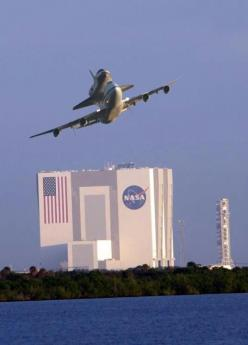 Space Shuttle last departure from Florida Breathtaking Photography: Nasa, Airplanes, Cape Canaveral, Final Frontier, Shuttle Endeavor S, Aircraft, Space Shuttle