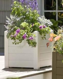 square white planter: Extension, Trough Planters, Containers, Outdoor Patios, Backyard, Planters Combine, Outdoors Gardening, Self Watering Planters, Planter Style