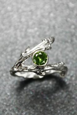 Sterling Silver Twig Ring with Birthstone......looks like peridot to me so I'm pinning it.: Ring Ring Rings, Birthstones Ring, Peridot Rings, Twig Ring, Silver Rings Jewelry, Sterling Silver Jewelry Rings, Birthstone Rings, Sterling Silver Rings, Silv