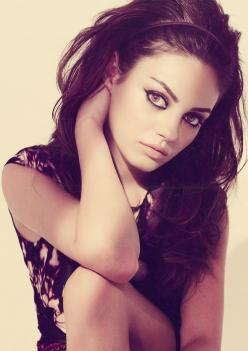 Stunning hair Mila Kunis.: Milakunis, Mila Kunis, Girl Crushes, Celeb, Makeup, Beauty, Beautiful People, Hair, Eye