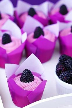 These multi-tonal purple cupcakes, topped with lush blackberries, are the perfect sweet treat for a #bridal shower.: Cup Cakes, Purple Cupcakes, Sweet, Color, Food, Blackberries, Dessert